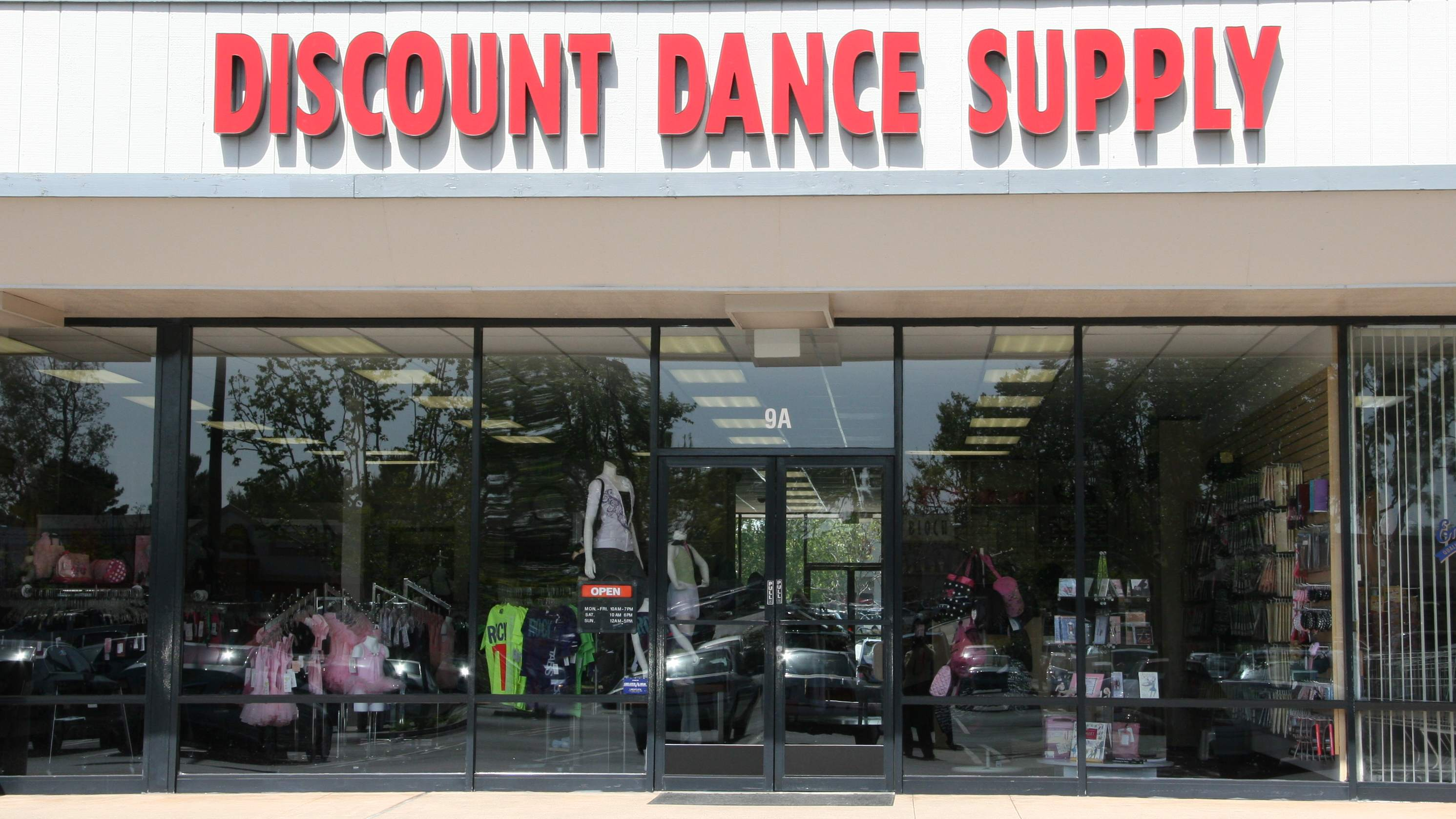 Discount Dance storefront